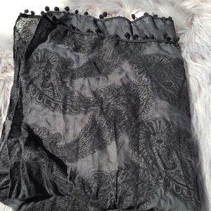 Black Old Navy scarf